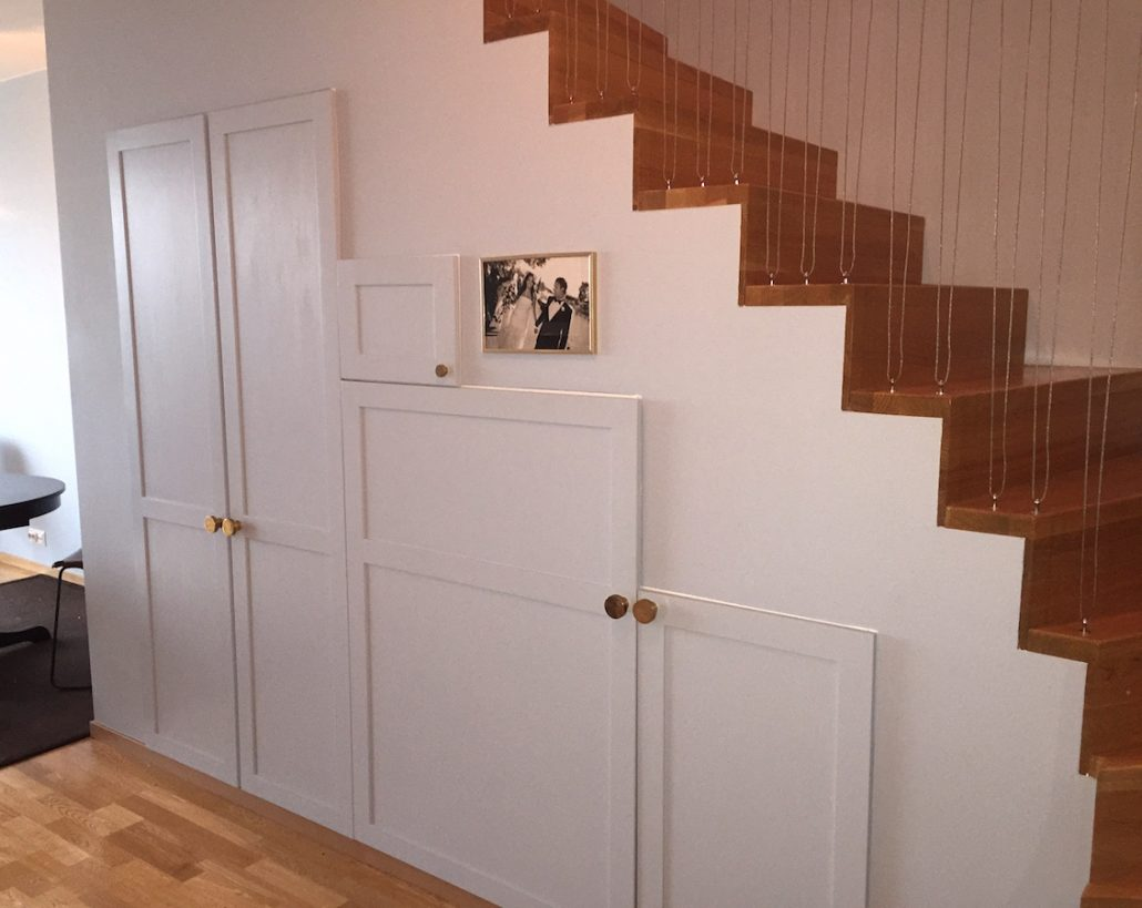 förvaring under trappan - Elaine Eksvärds lägenhet