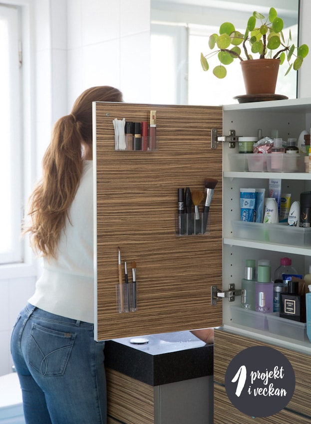 Rensa och organisera i badrummet