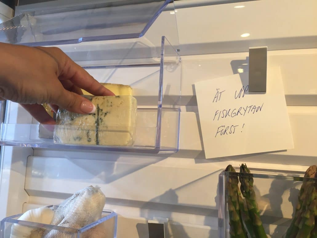budskap i Electrolux kylskåpet