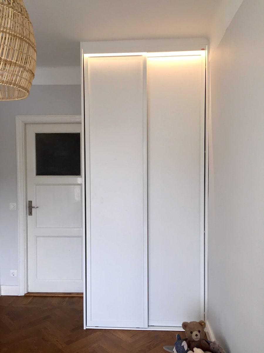 Elfa garderob - belysning
