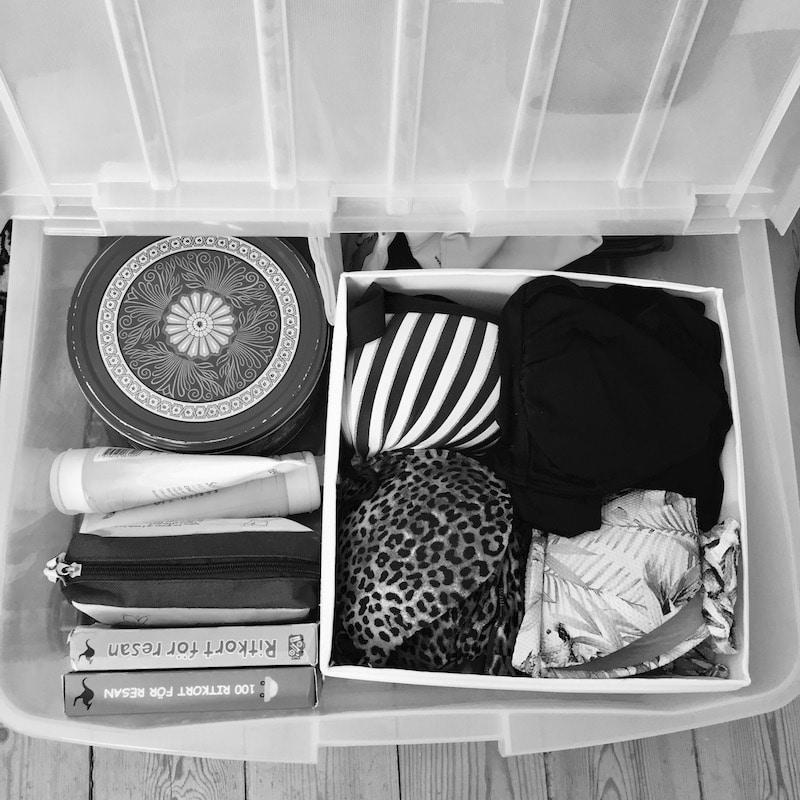 En reselåda underlättar att packa snabbt